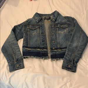 Silver Jeans size Small distressed denim jacket
